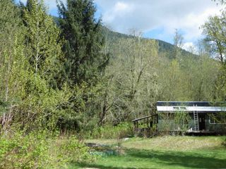 Photo 3: 146 DOGHAVEN LANE in Squamish: Upper Squamish Land for sale : MLS®# R2186038