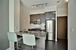 Photo 10: 303 75 W Eglinton Avenue in Mississauga: Hurontario Condo for sale : MLS®# W3981219
