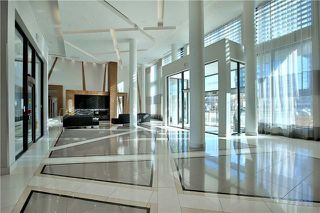 Photo 2: 303 75 W Eglinton Avenue in Mississauga: Hurontario Condo for sale : MLS®# W3981219