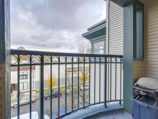 "Photo 12: 401 688 E 16TH Avenue in Vancouver: Fraser VE Condo for sale in ""VINTAGE EASTSIDE"" (Vancouver East)  : MLS®# R2223422"