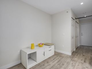 """Photo 6: 401 688 E 16TH Avenue in Vancouver: Fraser VE Condo for sale in """"VINTAGE EASTSIDE"""" (Vancouver East)  : MLS®# R2223422"""