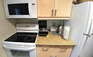 """Photo 6: 508 4105 MAYWOOD Street in Burnaby: Metrotown Condo for sale in """"TIMES SQUARE"""" (Burnaby South)  : MLS®# R2224151"""