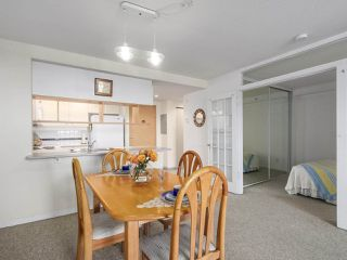 "Photo 8: 301 1978 VINE Street in Vancouver: Kitsilano Condo for sale in ""CAPERS BUILDING"" (Vancouver West)  : MLS®# R2224832"