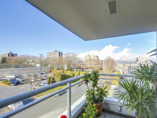 "Photo 19: 301 1978 VINE Street in Vancouver: Kitsilano Condo for sale in ""CAPERS BUILDING"" (Vancouver West)  : MLS®# R2224832"