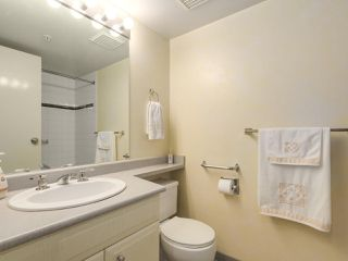 "Photo 16: 301 1978 VINE Street in Vancouver: Kitsilano Condo for sale in ""CAPERS BUILDING"" (Vancouver West)  : MLS®# R2224832"