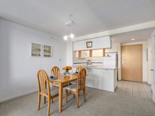 "Photo 7: 301 1978 VINE Street in Vancouver: Kitsilano Condo for sale in ""CAPERS BUILDING"" (Vancouver West)  : MLS®# R2224832"
