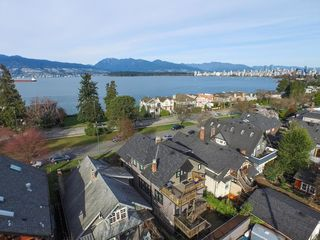 Photo 1: 3236 West 1st Ave in Vancouver: Home for sale : MLS®# V1106157