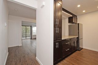 "Photo 5: 868 BLACKSTOCK Road in Port Moody: North Shore Pt Moody Townhouse for sale in ""WOODSIDE VILLAGE"" : MLS®# R2232669"
