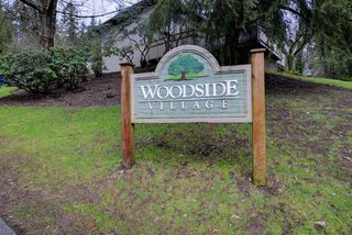 "Photo 2: 868 BLACKSTOCK Road in Port Moody: North Shore Pt Moody Townhouse for sale in ""WOODSIDE VILLAGE"" : MLS®# R2232669"