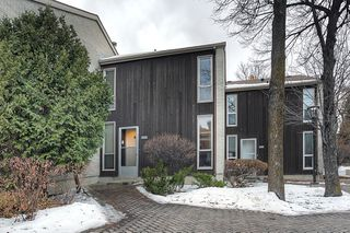 Photo 1: 102 1 Snow Street in Winnipeg: University Heights Townhouse for sale (1K)  : MLS®# 1730024