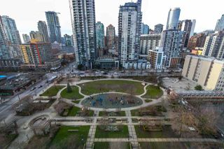 """Photo 12: 1603 1188 RICHARDS Street in Vancouver: Yaletown Condo for sale in """"PARK PLAZA"""" (Vancouver West)  : MLS®# R2240525"""