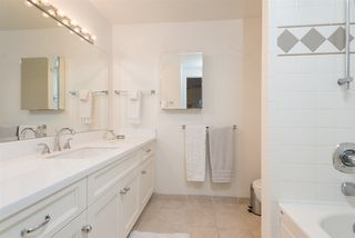 "Photo 11: 305 2545 LONSDALE Avenue in North Vancouver: Upper Lonsdale Condo for sale in ""The Lexington"" : MLS®# R2241136"