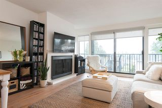 "Photo 3: 305 2545 LONSDALE Avenue in North Vancouver: Upper Lonsdale Condo for sale in ""The Lexington"" : MLS®# R2241136"