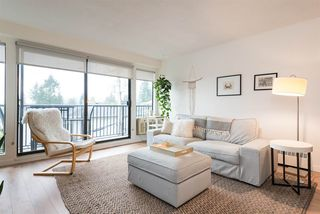 "Photo 2: 305 2545 LONSDALE Avenue in North Vancouver: Upper Lonsdale Condo for sale in ""The Lexington"" : MLS®# R2241136"