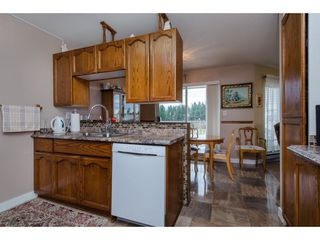 "Photo 6: 304 2410 EMERSON Street in Abbotsford: Abbotsford West Condo for sale in ""Lakeway Gardens"" : MLS®# R2246603"