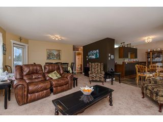 "Photo 11: 304 2410 EMERSON Street in Abbotsford: Abbotsford West Condo for sale in ""Lakeway Gardens"" : MLS®# R2246603"