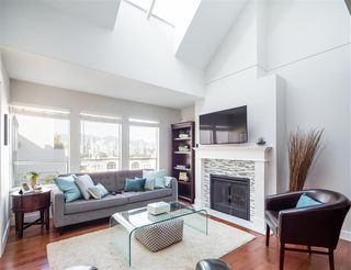 "Photo 7: 305 910 W 8TH Avenue in Vancouver: Fairview VW Condo for sale in ""THE RHAPSODY"" (Vancouver West)  : MLS®# R2249132"