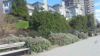 """Photo 18: 103 2190 ARGYLE Avenue in West Vancouver: Dundarave Condo for sale in """"Argyle Place"""" : MLS®# R2252280"""