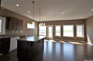 Photo 6: 322 Langlois Way in Saskatoon: Stonebridge Residential for sale : MLS®# SK732343