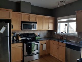 Photo 2: 2, 13215 153 Avenue in Edmonton: Zone 27 Townhouse for sale : MLS®# E4130818