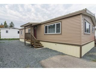 "Main Photo: 15 26892 FRASER Highway in Langley: Aldergrove Langley Manufactured Home for sale in ""Aldergrove Mobile Home Park"" : MLS®# R2317816"