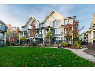 "Photo 2: 58 6575 192 Street in Surrey: Clayton Townhouse for sale in ""Ixia"" (Cloverdale)  : MLS®# R2321148"