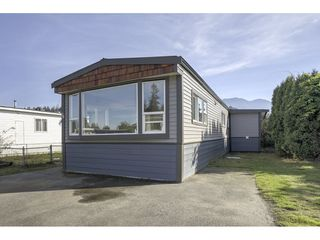 """Main Photo: 78 45640 WATSON Road in Sardis: Vedder S Watson-Promontory Manufactured Home for sale in """"Westwood Estates"""" : MLS®# R2325833"""