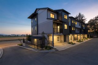 """Main Photo: 22 34825 DELAIR Road in Abbotsford: Abbotsford East Townhouse for sale in """"Breeze"""" : MLS®# R2333051"""