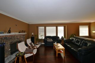 "Photo 4: 31867 MAYNE Avenue in Abbotsford: Abbotsford West House for sale in ""CLEARBROOK"" : MLS®# R2335307"