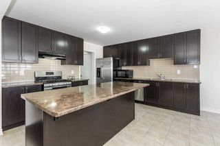 Photo 7: 33 Polstar Road in Brampton: Northwest Brampton House (2-Storey) for sale : MLS®# W4374585