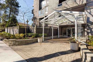 "Photo 3: 201 2885 SPRUCE Street in Vancouver: Fairview VW Condo for sale in ""FAIRVIEW GARDENS"" (Vancouver West)  : MLS®# R2350487"