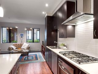 Photo 5: 1419 W 11TH Avenue in Vancouver: Fairview VW Townhouse for sale (Vancouver West)  : MLS®# R2359397