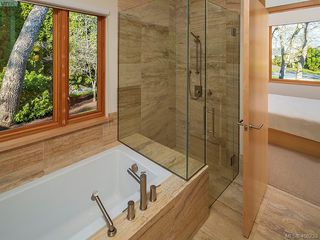 Photo 27:  in VICTORIA: OB Uplands Single Family Detached for sale (Oak Bay)  : MLS®# 811229