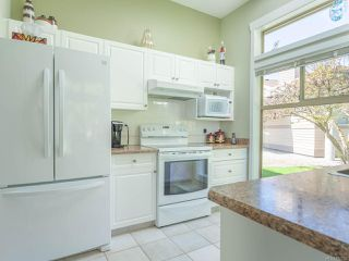 Photo 8: 1237 Pond Pl in FRENCH CREEK: PQ French Creek Row/Townhouse for sale (Parksville/Qualicum)  : MLS®# 812782
