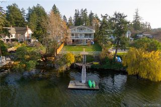 Photo 2: 2810 Murray Drive in VICTORIA: SW Portage Inlet Single Family Detached for sale (Saanich West)  : MLS®# 410196
