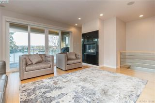 Photo 6: 2810 Murray Drive in VICTORIA: SW Portage Inlet Single Family Detached for sale (Saanich West)  : MLS®# 410196