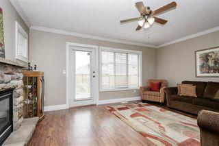 "Photo 5: 13 6449 BLACKWOOD Lane in Sardis: Sardis West Vedder Rd Townhouse for sale in ""Cedar Park"" : MLS®# R2375864"