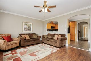 "Photo 2: 13 6449 BLACKWOOD Lane in Sardis: Sardis West Vedder Rd Townhouse for sale in ""Cedar Park"" : MLS®# R2375864"