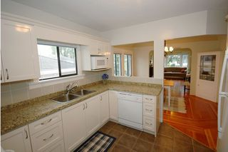 Photo 5: 807 West 63rd Ave in Vancouver: Marpole Home for sale ()  : MLS®# V662549