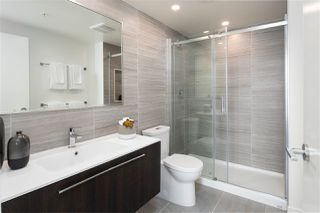 """Photo 14: 1810 285 E 10TH Avenue in Vancouver: Mount Pleasant VW Condo for sale in """"THE INDEPENDENT"""" (Vancouver West)  : MLS®# R2387588"""