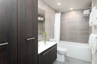 """Photo 16: 1810 285 E 10TH Avenue in Vancouver: Mount Pleasant VW Condo for sale in """"THE INDEPENDENT"""" (Vancouver West)  : MLS®# R2387588"""
