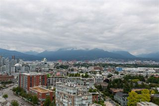 """Photo 19: 1810 285 E 10TH Avenue in Vancouver: Mount Pleasant VW Condo for sale in """"THE INDEPENDENT"""" (Vancouver West)  : MLS®# R2387588"""