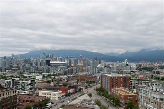 """Photo 18: 1810 285 E 10TH Avenue in Vancouver: Mount Pleasant VW Condo for sale in """"THE INDEPENDENT"""" (Vancouver West)  : MLS®# R2387588"""
