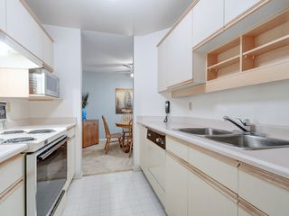 Photo 9: 205 1436 Harrison St in VICTORIA: Vi Downtown Condo for sale (Victoria)  : MLS®# 820345