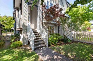 "Photo 2: 68 6888 ROBSON Drive in Richmond: Terra Nova Townhouse for sale in ""STANFORD PLACE"" : MLS®# R2393072"