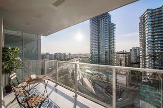 "Main Photo: 1610 908 QUAYSIDE Drive in New Westminster: Quay Condo for sale in ""RIVERSKY 1"" : MLS®# R2396608"