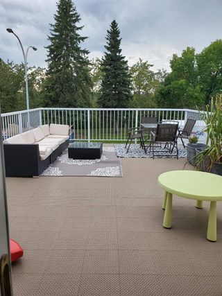 Photo 3: 2947 130 Avenue in Edmonton: Zone 35 Townhouse for sale : MLS®# E4172656