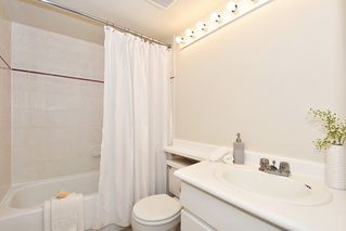 "Photo 17: 219 3250 W BROADWAY Avenue in Vancouver: Kitsilano Condo for sale in ""WEST POINTE"" (Vancouver West)  : MLS®# R2404489"