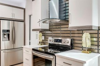 Photo 11: 10155 89 Street in Edmonton: Zone 13 House for sale : MLS®# E4176152