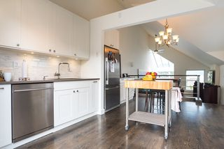 Photo 12: 2640 POINT GREY Road in Vancouver: Kitsilano Townhouse for sale (Vancouver West)  : MLS®# R2412070